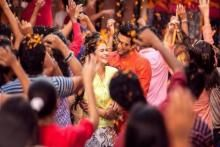 "Offo - Music Video - 2 States Watch music video ""Offo"" from the movie 2 States featuring Arjun Kapoor and Alia Bhatt . The song is sung by Aditi Singh Sharma and Amitabh Bhattacharya. The movie is directed by Abhishek Varman. Watch videos to know more at uitvconnect."