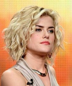 Easy Hairstyles for Short Wavy Hair Cute Short Curly Hairstyles, Curly Hair Styles, Popular Short Hairstyles, Hair Styles 2014, Curly Hair Cuts, Hairstyles For Round Faces, Medium Hair Styles, Easy Hairstyles, Hairstyles Pictures