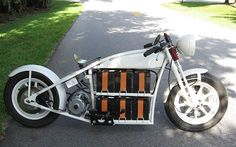 ShocKing Electric Motorcycle by Patterson Cycles Electric Motor, Electric Cars, Electric Cycles, Eletric Bike, Electric Car Conversion, Velo Cargo, E Motor, Motorbike Design, New Motorcycles