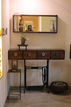 가삼도예 ,박소연작가도자기 ,아름다운 우리도자기 ,가마열린날 ,청자 : 네이버 블로그 South Shore Decorating, Interior Decorating, Interior Design, Slab Pottery, Wabi Sabi, Corner Desk, Entryway Tables, Recycling, Living Room