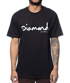 Add some Diamond Supply in your life with the OG Script tee from Diamond Supply Co that features a white and grey logo graphic on the chest of a black colorway. The cotton construction lets you feel fresh and clean throughout the day. Pair this tee with s