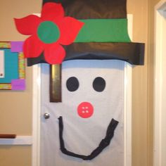 images of classroom door decorations snowmen | Spooky Classroom Door Decoration » Snoopy Door Decoration Idea