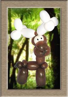 Moose - Balloon Animal Christmas Projects, Christmas Fun, Christmas Ornaments, Christmas Door Decorations, Balloon Decorations, Balloon Party Games, Ballon Animals, Twisting Balloons, Bubble Fun