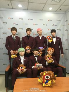 Stars trend chart & Weibo kpop Posted a Photo Interview With BTS at The 5th Gaon Chart K-POP Awards [160217]