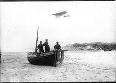 25/07/1909 : Première traversée de la Manche en avion par Louis Blériot, de Calais à Douvres en 37 min.