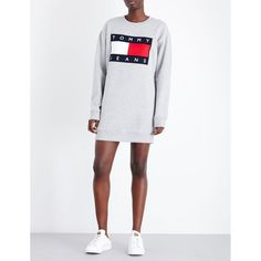 Tommy Hilfiger Brand logo jersey sweatshirt dress (£100) ❤ liked on Polyvore featuring dresses, long sleeve jersey dress, white jersey, long sleeve sweatshirt dress, jersey dresses and white long sleeve dress