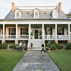Wrap around porch is a must on my future house. Southern Homes, Southern Living, Southern Charm, Southern Style, Future House, House Goals, Home Interior, Interior Decorating, My Dream Home