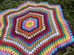 Resultado de imagem para passo a passo de crochê para colchas com hexágono coloridos de lã