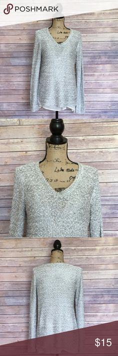 Apt. 9 Sequin Sweater Size XL Apt. 9 Silver Sequin Knit Sweater. In excellent condition. No signs of wear or fading. Apt. 9 Sweaters