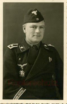 Otros oficiales de la HG con un Panzer III | WWII Germany ...