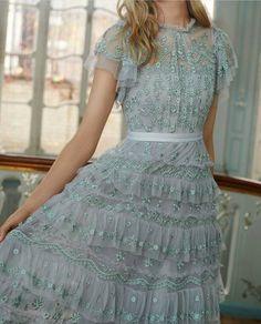 Beautiful!😍💖 . . 💖Follow @HAREMsCOUTURE 💖Follow @HAREMsCOUTURE . 💕 . . 👗#dressup #like#beautiful #fashion #dress #happy #moda #fashionista…