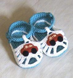 Crochet baby sandals,Crochet boys sandals,Crochet blue and white sandals,Crochet. Crochet Car, Crochet For Boys, Crochet Baby Sandals, Crochet Shoes, Crochet Baby Blanket Beginner, Baby Knitting, Knitting Patterns, Crochet Patterns, Knitted Booties