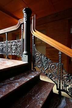Bradbury Building, Los Angeles George Wyman, I worked inside this building once many years ago. Someone was hired to hand operate the elevator. The Bradbury building is still standing - Located on Broadway near Street. I passed by not too long ago. Beautiful Stairs, Beautiful Buildings, Staircase Railings, Stairways, Bradbury Building, Art Nouveau, Art Deco, Treads And Risers, Stairway To Heaven