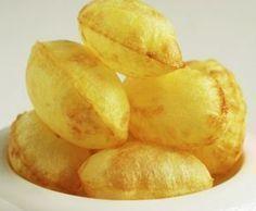 las patatas suflé. Aquí tienes la receta y su curioso origen en Francia en el siglo XIX. Nut Recipes, Potato Recipes, Veggie Recipes, Snack Recipes, Cooking Recipes, Snacks, Salty Foods, Food Decoration, Potato Dishes
