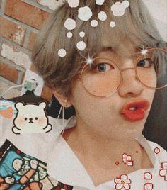 Why you are so cutee taehyungg Namjoon, Kim Taehyung, Seokjin, Jimin, Bts Bangtan Boy, Foto Bts, Bts Photo, Kpop Anime, Bts Kim