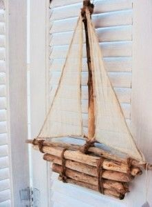 pendular boat - Homemade face masks mask how to make one Driftwood Projects, Driftwood Art, Diy Projects, Beach Crafts, Diy And Crafts, Seashell Crafts, Deco Marine, Homemade Face Masks, Diy Mask