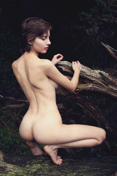 Liara Roux - The Deep Forest Photographed by Owen Gray Female Reference, Deep Forest, Nude, Instagram, Sexy, Beauty, Beautiful, Models, Pictures