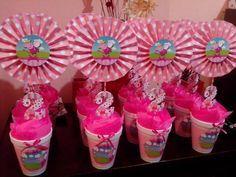 manualidades para fiesta de 4 años - Buscar con Google Birthday Party Centerpieces, Birthday Decorations, 3rd Birthday Parties, 2nd Birthday, Birthday Ideas, Cumple Peppa Pig, Bird Party, Childrens Party, Party Gifts