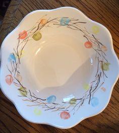 Wreath bowl ceramics fingerprints