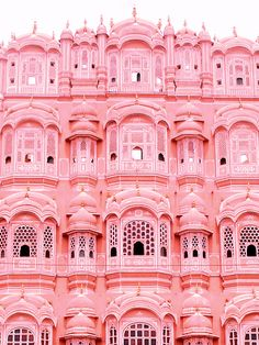 Palais des vents or Hawa Mahal in Jaipur, India. Made for a princess in red and pink sandstone 💕 . For all the girls that dream of a Palace… Photo Wall Collage, Picture Wall, Holi, Tout Rose, Pink Palace, Affinity Photo, Pink Photo, Pink Houses, Everything Pink