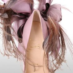 Christian+Louboutin+Plume+Anemone+Satin+Lilac+Shoes+-+Size+37EU+4UK+6.5US+|+From+a+collection+of+rare+vintage+shoes+at+https://www.1stdibs.com/fashion/clothing/shoes/
