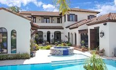Spanish Colonial With Central Courtyard - 82009KA thumb - 07