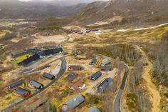 Visning lørdag kl 12 - 13 Pen vertikaldelt hytte med kort vei til skitrekk . Country Roads, Real Estate, Real Estates