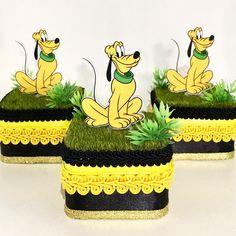 Caixa do Pluto para festa Mickey! #festamickey #personalizadosmickey ✈️✈️✈️✈️✈️ São Paulo!