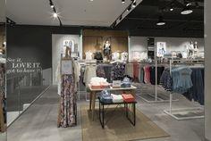 Lindex Store by Checkland Kindleysides, London – UK » Retail Design Blog