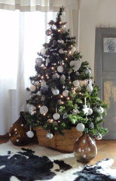 regardsetmaisons: Du blanc pour mon sapin de Noël
