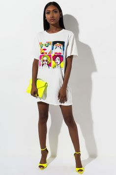 Comic inspired graphic t-shirt by AKIRA. Cute Summer Outfits, Trendy Outfits, Cute Outfits, Fashion Outfits, Funny Shirts Women, T Shirts For Women, Neon Accessories, Tshirt Dress Outfit, Neon Dresses