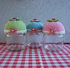 Cupcake jar's can't come up with a reasonable explanation for why I would need one, but....PRETTY   can't come up with a reason for a tea pot cozy either, doesn't mean I don't totally want one