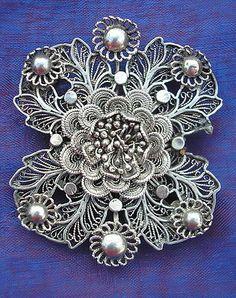 Edwardian intricate filigree Silver brooch