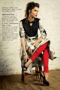 Nice printed shirt combi of red legging ...