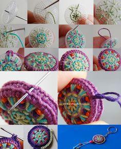Best 12 Asian style: how-to – Page 844636105088050964 – SkillOfKing. Crochet Cross, Crochet Wool, Crochet Motif, Crochet Designs, Crochet Patterns, Textile Jewelry, Fabric Jewelry, Crochet Keychain, Crochet Earrings