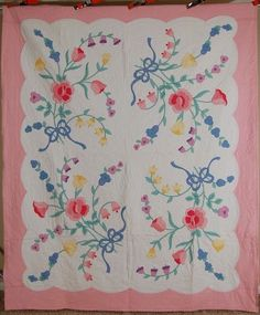 BEAUTIFUL Vintage Pastel Rose Tulip Bouquet Blue Ribbon Applique Antique Quilt!