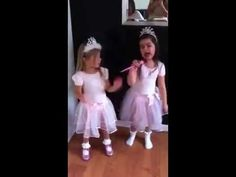 holy wow! 5 year old girl rapping Nicki Manaj's Superbass.