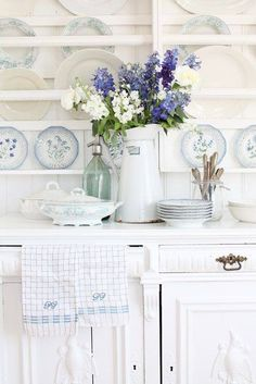 Touch of blue & white