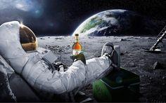 Astronaut Bier Mond Carlsberg Original Ur-Krostrizer Uri sitzt Ur Krostrizer lecker