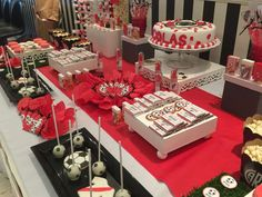 Romi Fuks Eventos's Birthday / - Photo Gallery at Catch My Party 50th Party, Birthday Parties, Candy Bar Decoracion, Choco Torta, Candy Table, Birthday Photos, Ideas Para, Gift Wrapping, Party Ideas