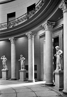 Altes Museum - Berlin Architecture Old, Classical Architecture, Historical Architecture, Amazing Architecture, Berlin City, West Berlin, Nordic Classicism, Carl Friedrich, Berlin Museum