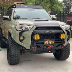 Toyota – One Stop Classic Car News & Tips Overland 4runner, Toyota 4runner Trd, Toyota 4x4, Toyota Trucks, 4x4 Trucks, Toyota Tacoma, Custom Trucks, Toyota Girl, Ford Trucks