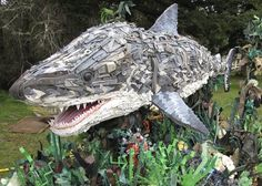 Giant Environmental Art Sculpture created w/ Marine Ocean Debris Education shark Statues, Brevard Zoo, Waste Art, Art Environnemental, Marine Debris, Ocean Pollution, Plastic Pollution, Trash Art, Plastic Art
