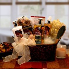 Caramel & Crme Bliss Spa Gift Basket