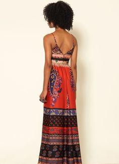 Vestido étnico costas