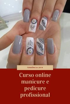 Tendência All techniques for the nails. Decorated nails, cuticles, gel nails, enamels and more … also become a luxury manicure. Stylish Nails, Trendy Nails, Cute Nails, My Nails, Pretty Nail Designs, Pretty Nail Art, Nail Art Designs, Dream Catcher Nails, Feather Nails
