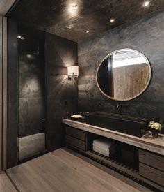 K eleganci rezidence El Mirador přispívá i použití železničních pražců   Insidecor - Design jako životní styl Dark Bathrooms, Amazing Bathrooms, Bathroom Black, Luxury Bathrooms, Master Bathrooms, Master Baths, Dream Bathrooms, Master Master, Marble Bathrooms