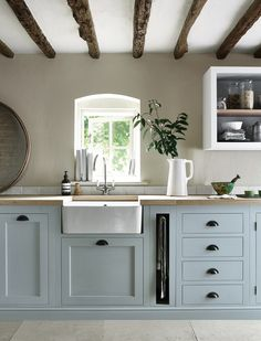 Modern Kitchen Interior We're Calling It: The Top Kitchen Paint Colors for 2018 - If you love both color and kitchen design, you're sure to find something to excite you here. Sage Kitchen, Green Kitchen Cabinets, Cozy Kitchen, Kitchen Tops, Painting Kitchen Cabinets, Kitchen Cabinet Design, Kitchen Interior, New Kitchen, Kitchen Ideas