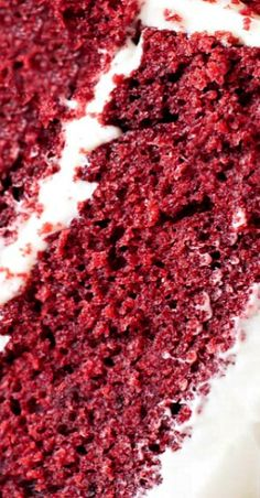 Red Velvet Cake with Cream Cheese Frosting Southern Red Velvet Cake, Best Red Velvet Cake, Köstliche Desserts, Summer Desserts, Delicious Desserts, Cake With Cream Cheese, Cream Cheese Frosting, Best Dessert Recipes, Sweet Recipes