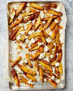 Yotam Ottolenghi - George Calombaris' oven chips with Greek oregano and feta - The Guardian Yotam Ottolenghi, Ottolenghi Recipes, Potato Recipes, Lunch Recipes, Summer Recipes, Vegetarian Recipes, Chilli Recipes, Vegetarian Lunch, Savoury Recipes